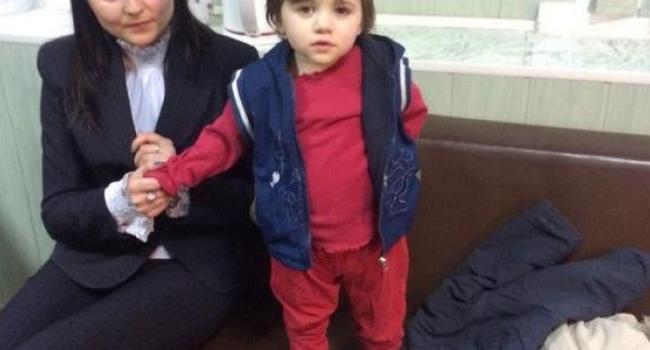 В Кременчуге на улице найдена брошенной малолетняя девочка