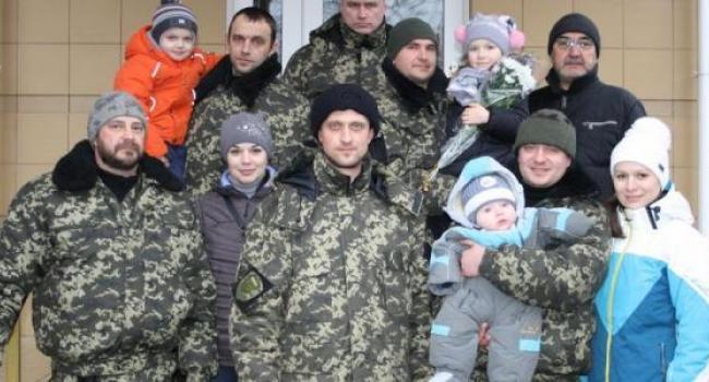 Кременчугские милиционеры прибывают из АТО для ротации