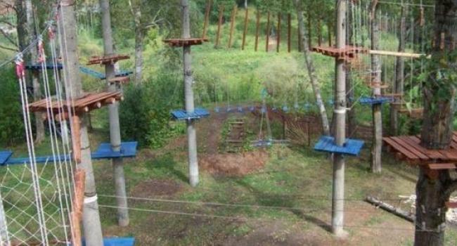 В парке Мира появятся аттракционы и веревочный городок