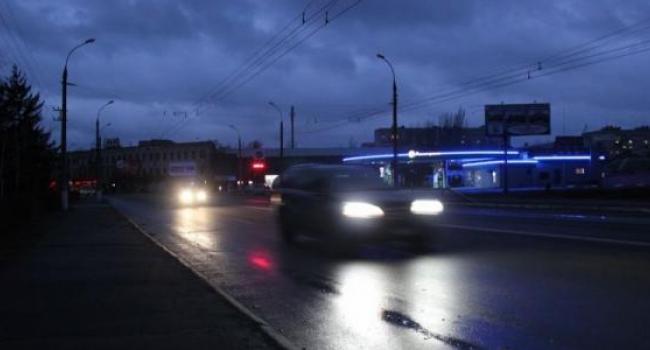 Мэр Малецкий обманул: в Кременчуге с наступлением темноты город еще не освещается