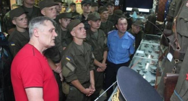 Кременчугские нацгвардейцы посетили музей авиации