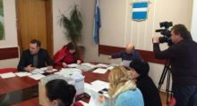 В Кременчуге главе земельной комиссии предложили сложить полномочия