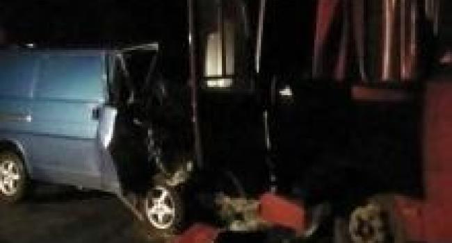 На Полтавщине в ДТП с участием военных погибли 2 человека
