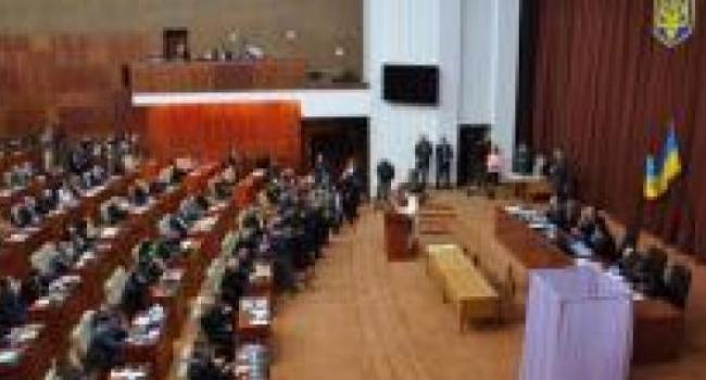 Полтавский облсовет остался без главы
