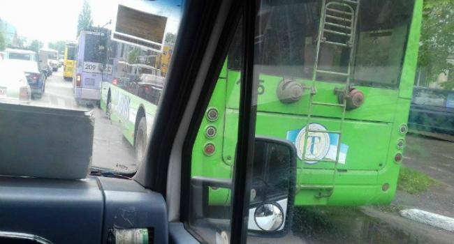 Начальник полиции Кременчуга ездит в троллейбусе и ищет карманников