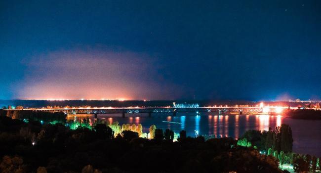 По ночам будут латать Крюковский мост