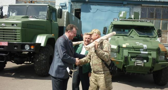 «КрАЗ» помог батальону «Донбасс-Украина»