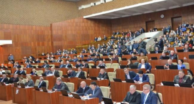 Полтавский облсовет не проголосовал за обращение к парламенту с требованием перевыборов мэра Полтавы