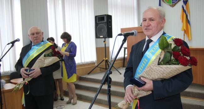 Закулисные игры: кто станет Почетным гражданином Кременчугского района, решалось в последние сутки