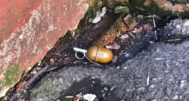 Знайдена у центрі Кременчука граната виявилася бойовою