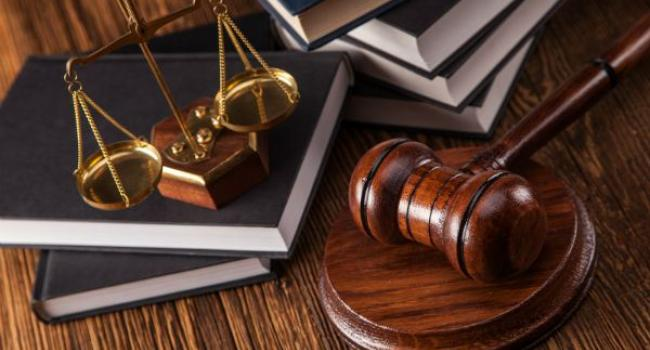 Начальник кременчуцького відділу Департаменту захисту економіки нацполіції Хальзєв в суді хоче поновитися на посаді