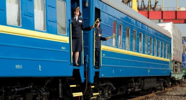 Від грудня через Полтавщину курсуватиме потяг №1 на Івано-Франківськ