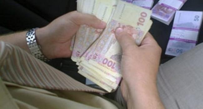 Кременчужанина на 30 тисяч гривень надурив підприємець-«металіст»