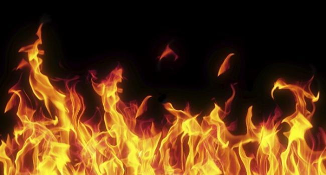 5 тонн гумових гранул спалили невідомі на недобудованому стадіоні