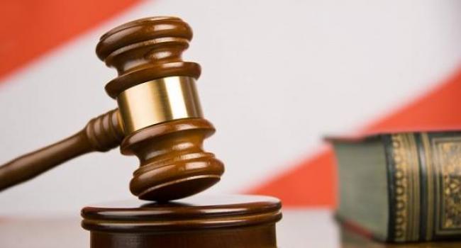 Суд у справі керування авто у стані сп'яніння лікарем Сичовим  – затягується