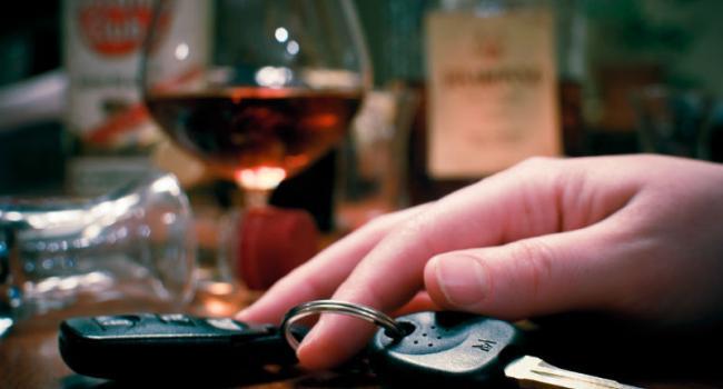 По-свинськи: кременчуцьки водії продовжують сідати за кермо напідпитку