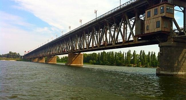 На Крюківському мосту сьогодні очікуються затори