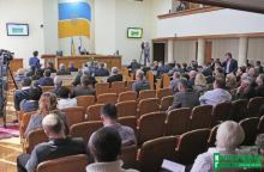 «Двойная» сессия горсовета рассмотрит полсотни вопросов