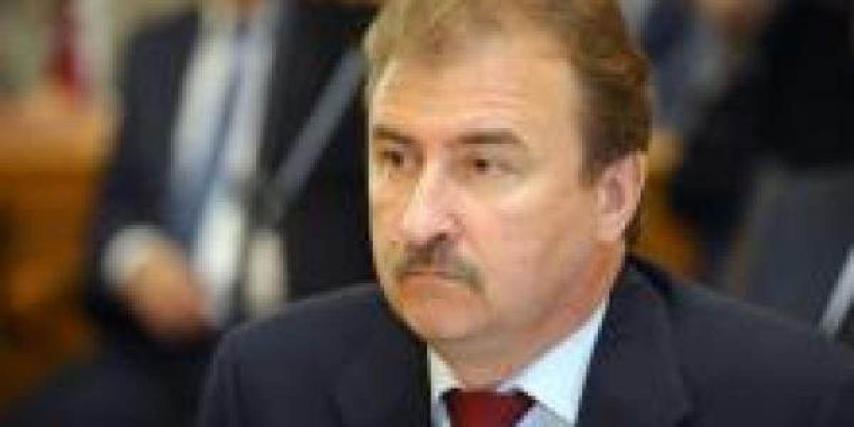 Попову вменяют пособничество при разгоне Майдана