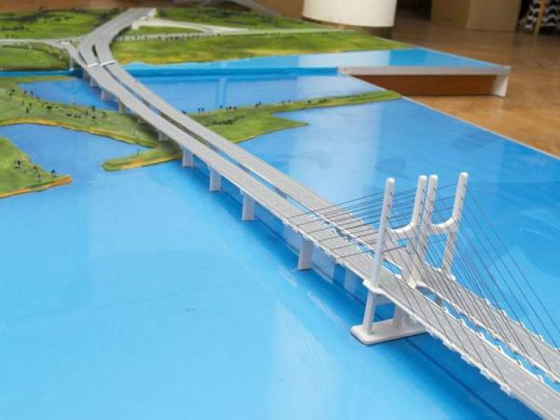 Кременчужане хотят новый мост в Кременчуге