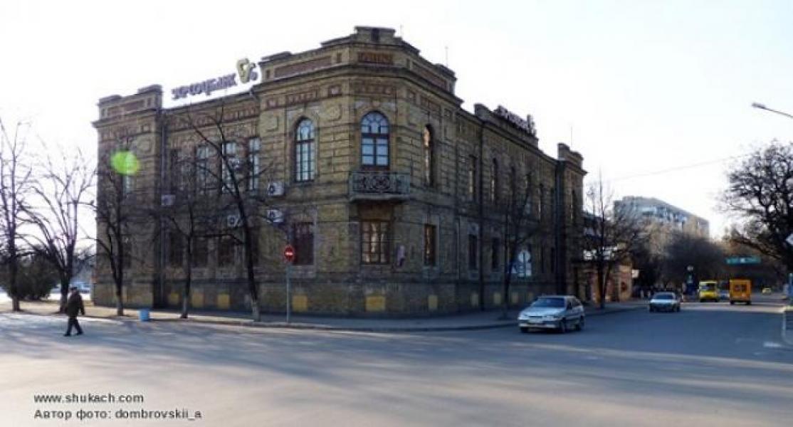 Від кременчуцьких депутатів чекають згоди на покупку історичної будівлі за більше ніж 15 мільйонів гривень