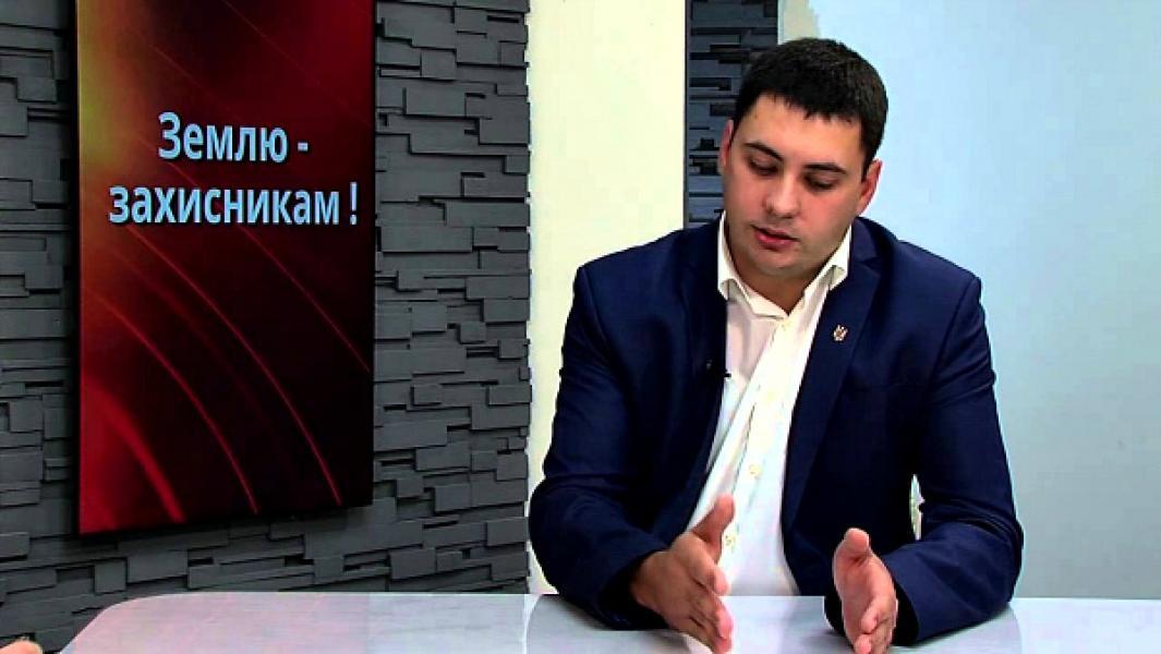 И.о. начальника Держгеокадастра Полтавщины задекларировал более 2,5 га земли