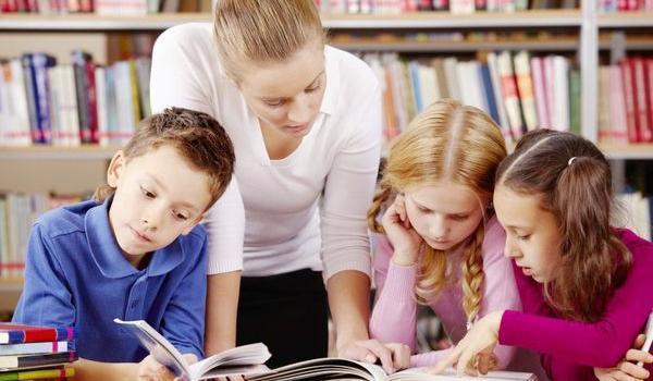 Репетитори: дати дитині більше чи ліквідувати прогалини шкільної програми?
